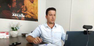 Deputado Arilson Chiorato durante reunião da Frente do Pedágio