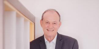 Manfred Alfonso Dasenbrock é presidente nacional do Sicredi, da Central Sicredi PR/SP/RJ e membro do Conselho Mundial das Cooperativas de Crédito (World Council of Credit Unions - Woccu)
