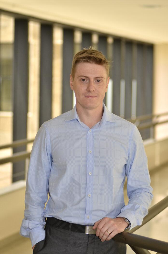 Marcelo Melek, professor de Direito do Trabalho da Escola de Direito e Ciências Sociais e da pós-graduação em Direito do Trabalho da Universidade Positivo