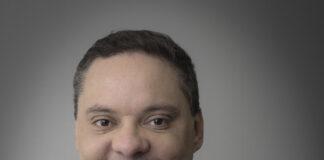 André Gonçalves Zipperer, advogado, doutor em Direito, pesquisador da USP (Getrab), é professor da pós-graduação em Direito do Trabalho da Universidade Positivo.