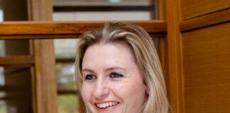 Eliziane Gorniak, diretora do Instituto Positivo