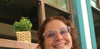 : Angela Biscouto, consultora pedagógica do Sistema de Ensino Aprende Brasil