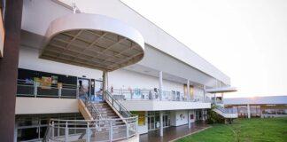 t. James' é pioneira no Ensino Bilíngue no interior do Paraná e líder em aprovação em universidades do exterior