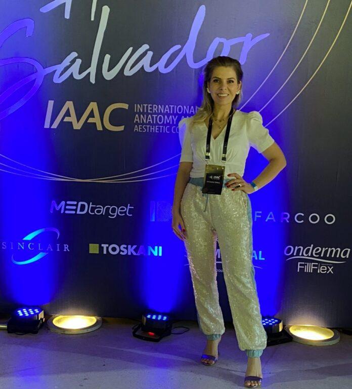 Dra Luciana Toral
