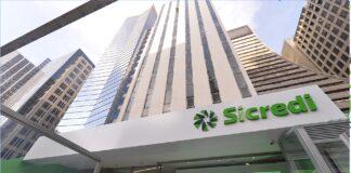 O Sicredi está presente em mais de 1,5 mil municípios, com cerca de duas mil agências e 30 mil colaboradores